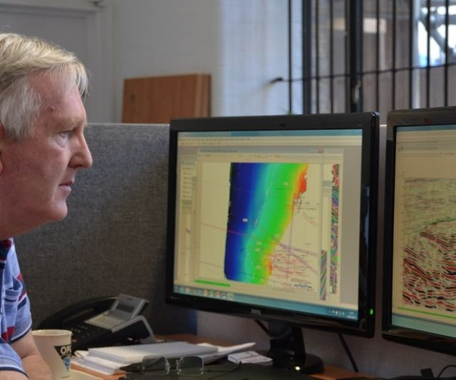 Maximizing Hydrocarbon Recovery with Seismic Data